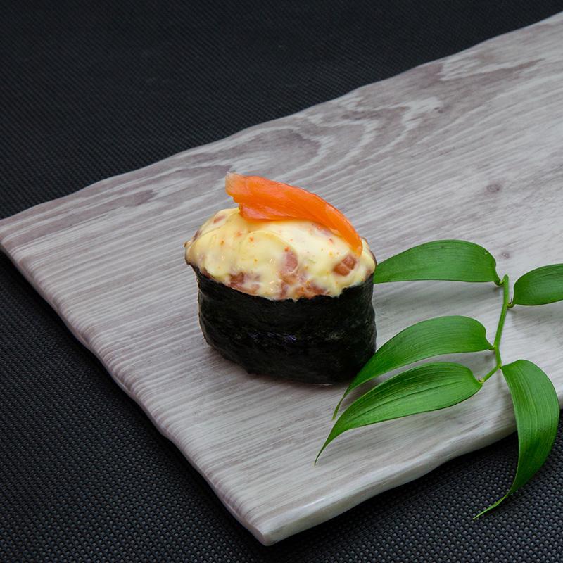 Hot salmon sushi