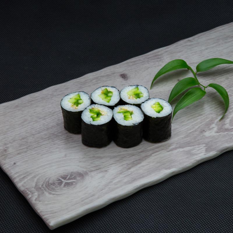 Cucumber maki
