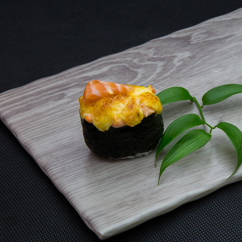 Backed salmon sushi with cheese